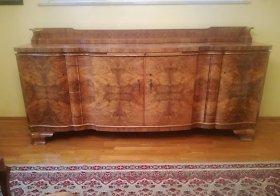 art-deco-sideboard-nussbaum-um-1920