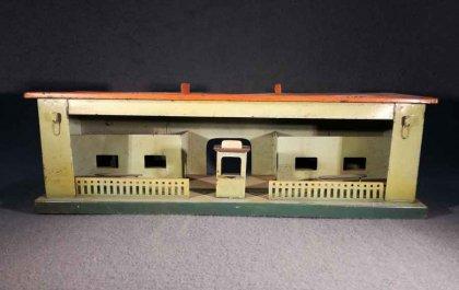 grosser-bahnhof-modellbahn-blechspielzeug-verm-spur-1