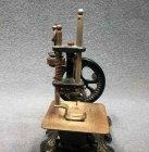 kindernaehmaschine-um-1900-jugendstil-massiv-eisen-guss-mit-ornament.5