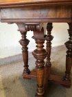 tisch-um-1880-nussbaum-h-66cm-sofatisch-beistelltisch.3