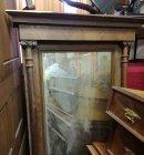 spiegel-mit-saeulen-def-reparaturbed-fundzustand-um-1880-nuss-gruenderzeit