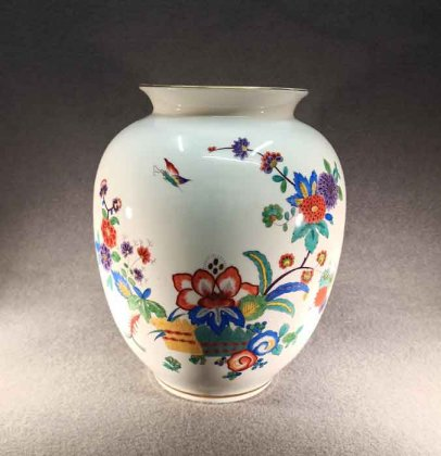 grosse-vase-mit-asiatischer-blumenmalerei-h-29-cm