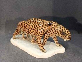 leopardenpaar-etha-richter-fuer-schwarzburger-werkstaetten