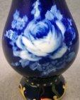 pirkenhammer-vase-kobaltblau-mit-gold-weisse-rose.2
